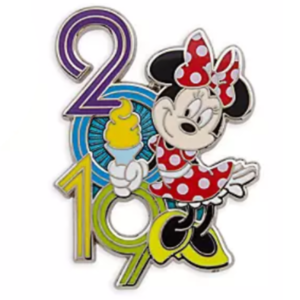 Minnie Mouse 2019 with Dole Whip pin