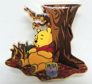Hunny Pooh - Artland pin
