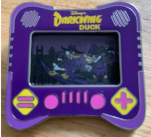 Darkwing Duck I heart gaming pin