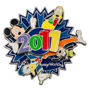Mickey and friends 2011 spinner - Walt Disney World pin