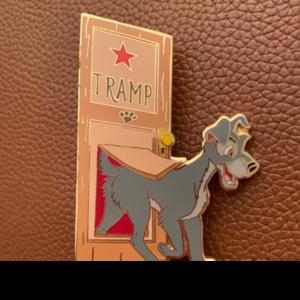 Tramp Stage Door Disney Auctions  pin