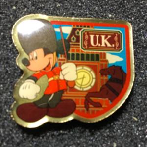 Morinaga U.K. Mickey  pin