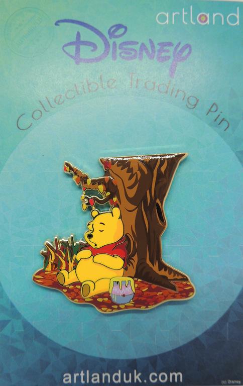 Pooh Autumn pin