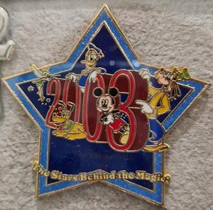 2003 Cast member pin - the stars behind the magic pin