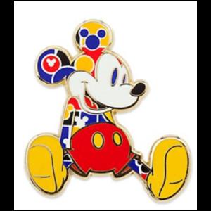 Mickey sitting smiling 1930s pin