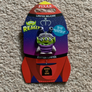 Alien remix Boo pin