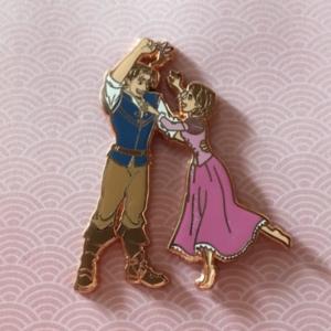 Fantasy Rapunzel and Flynn  pin