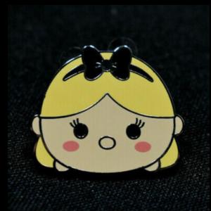 Alice Tsum Tsum pin