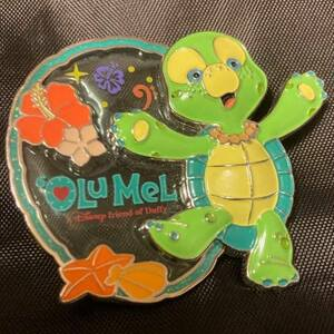 Stained Glass Olu Mel  pin