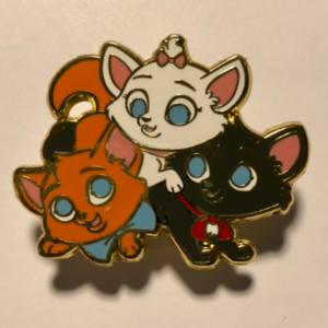 Aristokittens  pin