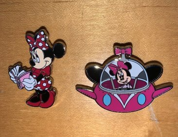 I got these pins from the large pin board on our last Disneyland Paris trip. The pin on the left is a Disneyland Paris exclusive and the Spaceship Minnie pin is from Hong Kong Disneyland. Both are Open Edition pins.