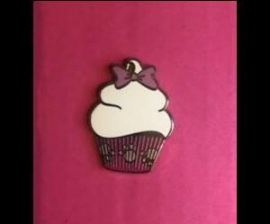 Marie Cupcake  pin