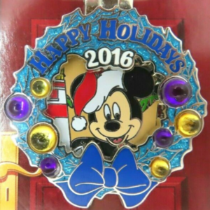 Old Key West - Holiday Wreaths Resort Collection pin