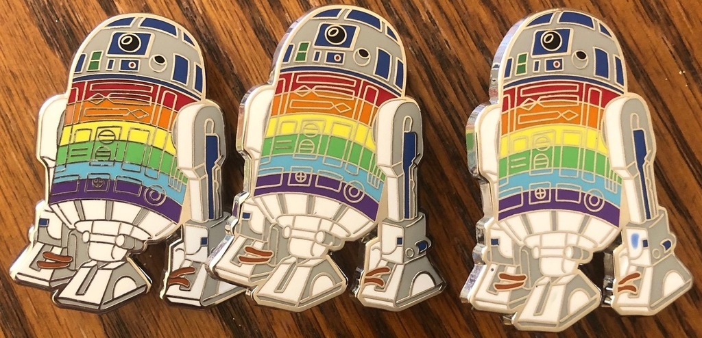 3 R2D2s of varying quality