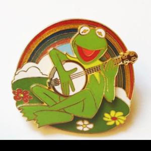 Kermit the Frog Rainbow pin