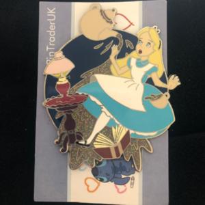 Alice in wonderland (Fantasy)  pin