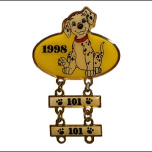 Disney Store 101 Dalmatian Award - 1998 Yellow Dangle pin