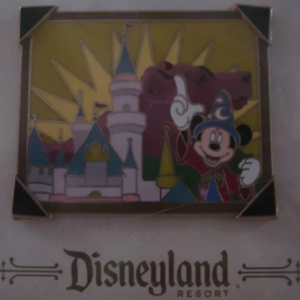 Mickey Mouse - Sorcerer - Picture the Moment pin