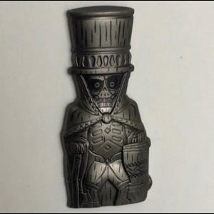 Hatbox Ghost Tiki Mug pin