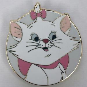 Circle Cuties Marie pin