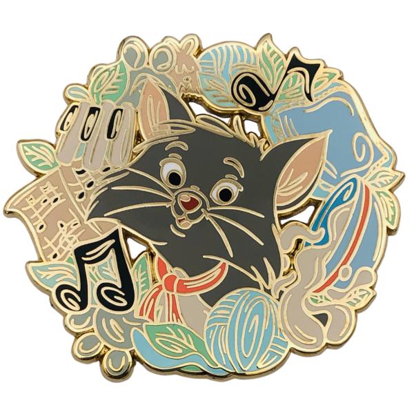 Itsumademo Berlioz wreath pin