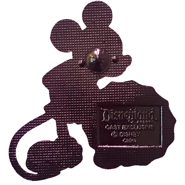 DLR - Disneyland Resort Cast Member Exclusive with Classic Mickey Mouseピン