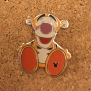 Tigger - Hidden Mickey Big Feet pin