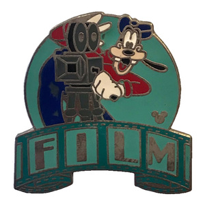 WDW Cast Lanyard - MGM Parking Sign (Goofy Film) pin