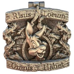 Crests of the Kingdom: Splash Mountain pin