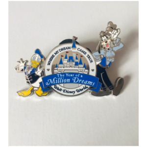 Year Of A Million Dreams - Goofy and Donald pin