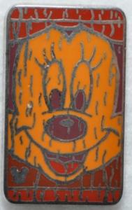 Minnie Mouse - Hidden Mickey Tiki pin