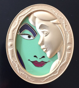 Disney Duets - Pin of the Month: Maleficent and Aurora pin