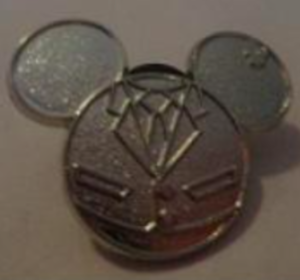 Soarin' - Hidden Mickey Epcot Cast Costumes (Chaser) pin