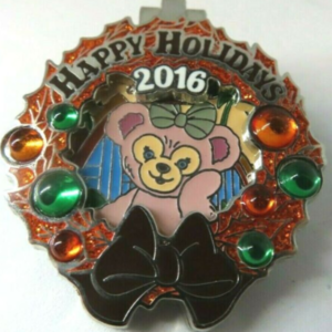 Aulani - Holiday Wreaths Resort Collection pin