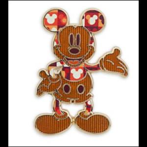 Mickey standing 1970s pin