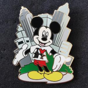 Mickey Loves NY pin