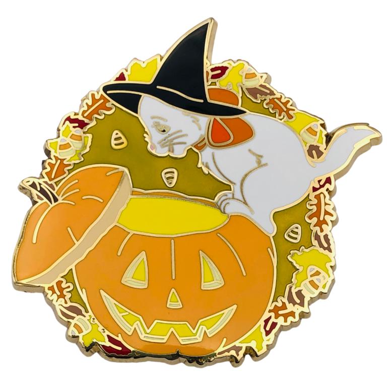 Itsumademo Marie Halloween pin