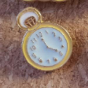 Primark Emoji- Clock/Watch pin