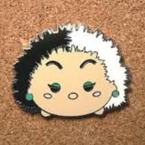 Cruella De Vil Tsum Tsum pin