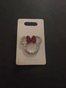 Diamanté Minnie head pin