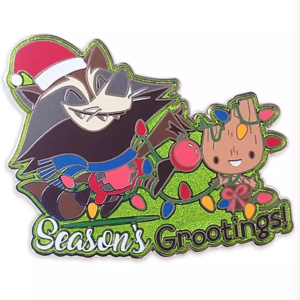 Season's Grootings! pin