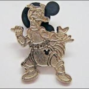 Figment Astronaut - Hidden Mickey (Chaser) pin