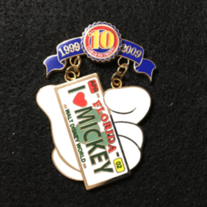 Pin Trading 10th Anniversary Tribute I Love Mickey  pin