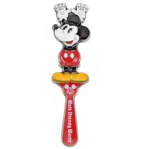 Mickey back scratcher - Walt Disney World 50th Anniversary pin