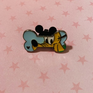 Pluto - Hidden Mickey Dog Bone pin