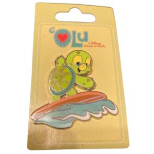 Surfing Olu  pin