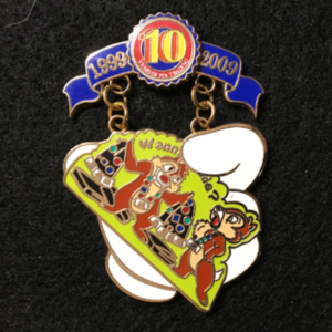 Pin Trading 10th Anniversary Tribute Chip &Dale pin