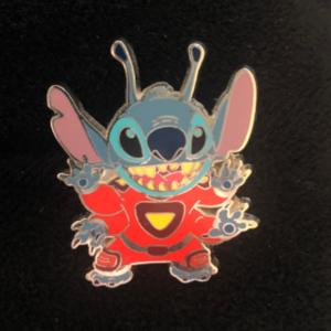 Space Stitch - Stitch Booster Set pin