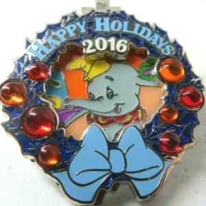 Disneyland Hotel - Holiday Wreaths Resort Collection pin