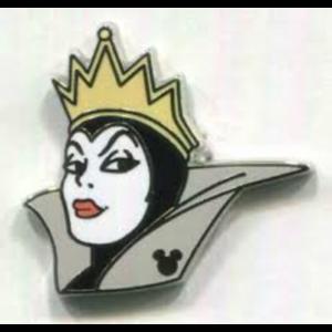 Evil Queen - Hidden Mickey pin